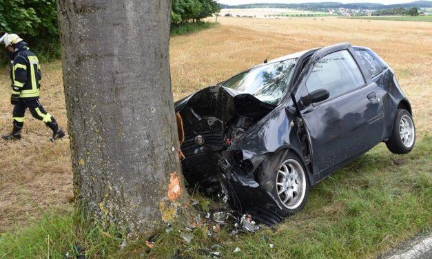 62-Jähriger stirbt bei Autounfall