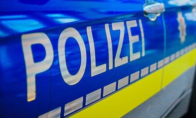 18-Jährige am Paderborner Bahnhof von Trio bedrängt